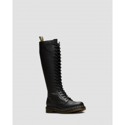 DR MARTENS 1B60 BLACK VIRGINIA